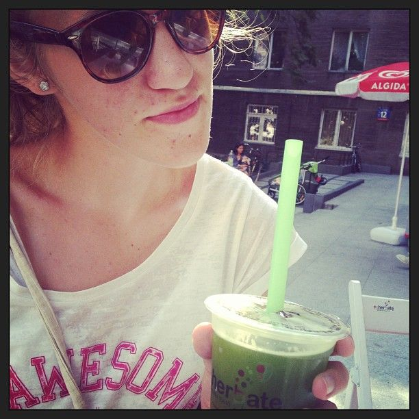 Photo by Izabell(izabell_xx): #selfie #instagood #bubble #tea #al...   iPhoneogram