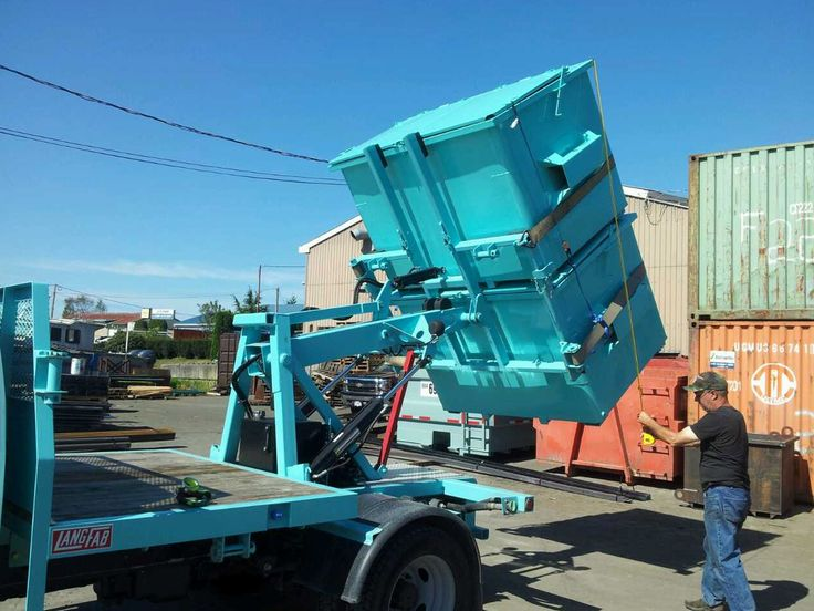 Disposal Queen provides #GarbageDisposal and recycling collection services in Vancouver. We can provide the size of disposal bin or dumpster you need when and for how long you need it.