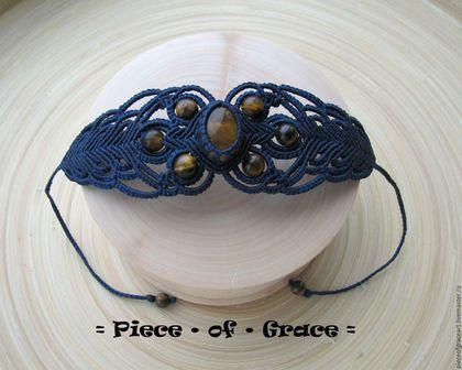 Купить или заказать Синий ажурный браслет с тигровым глазом в интернет-магазине на Ярмарке Мастеров. Изящный браслет с кабошоном и бусинами натурального тигрового глаза выполнен в технике макраме. Длина регулируется скользящим замком 'шамбала'. Возможно дополнить браслет серьгами/кулоном с тигровым глазом в том же стиле.