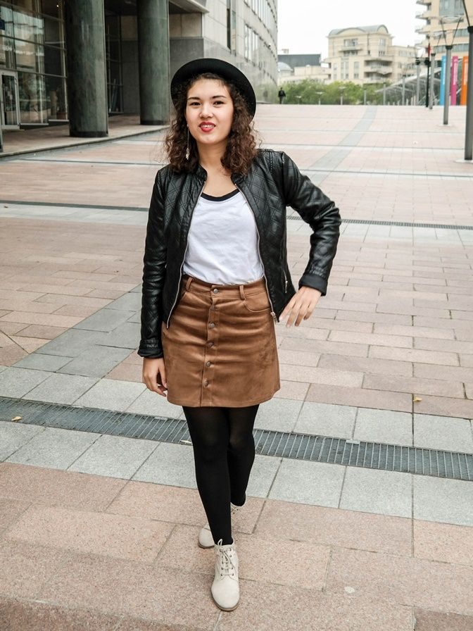Lederjacke, Hut und Bottom Up Skirt