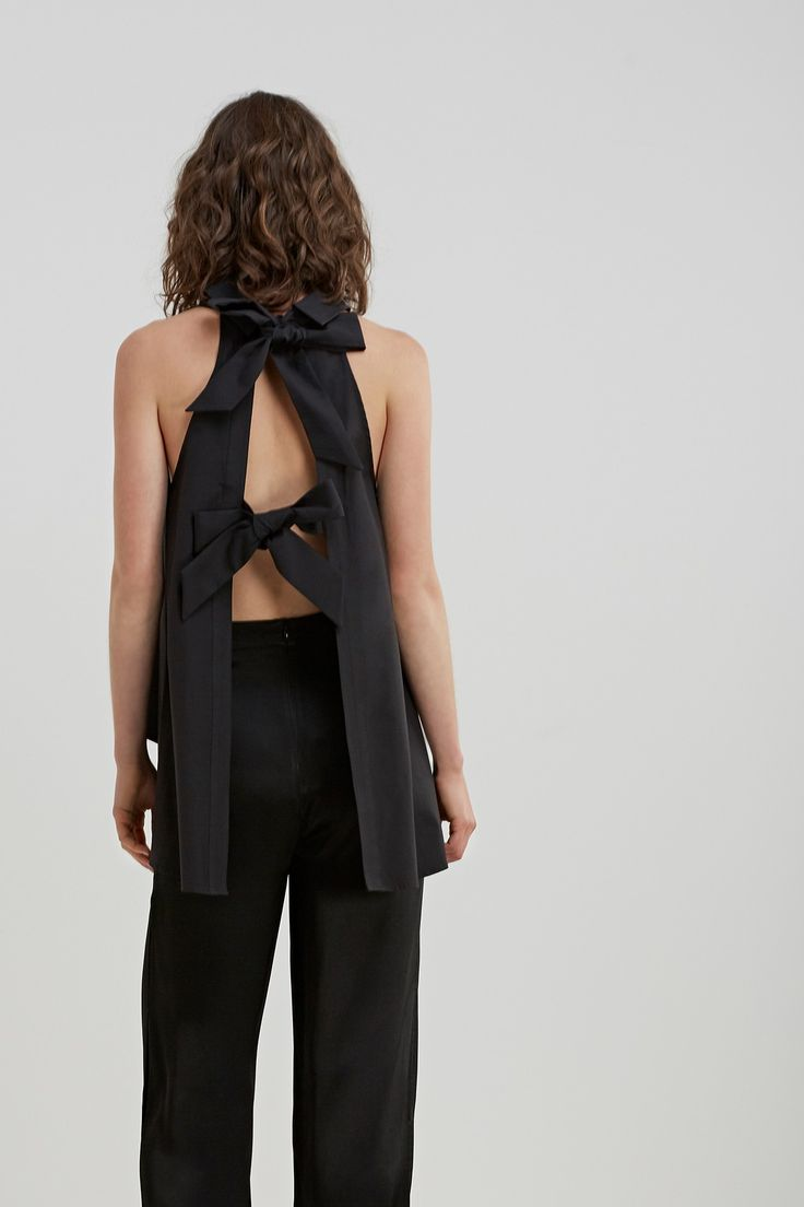 C/MEO COLLECTIVE STRING ALONG SHIRTING TOP