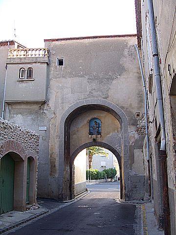 649 best Portes des villes et village de france images on Pinterest