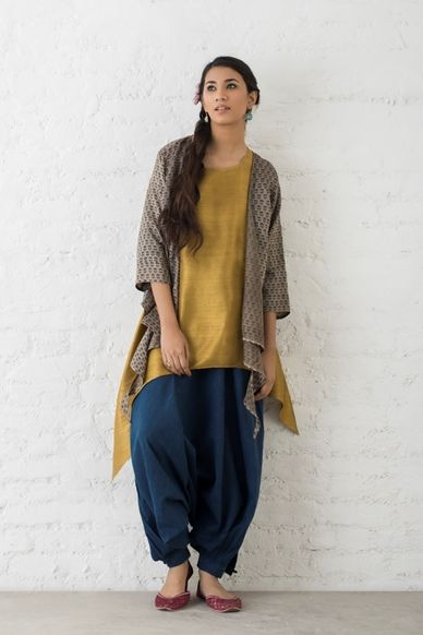 Goodearth - Romani:Ziva Knotted Cotton Silk Shrug