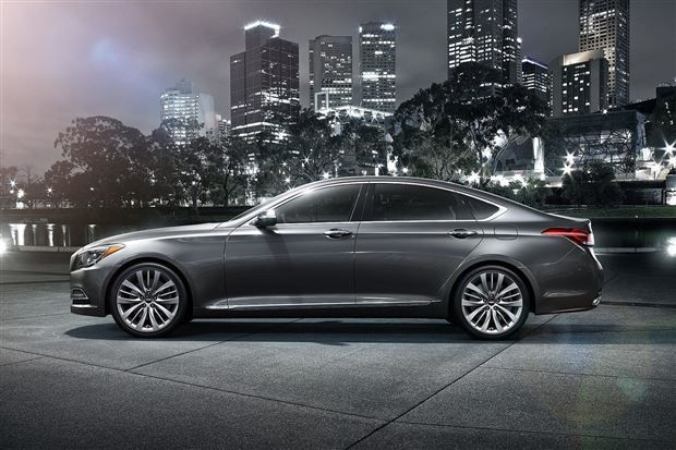 Hyundai-Genesis-G90-Already-Reserved-4300-Units-Side-Views.jpg (620×413)