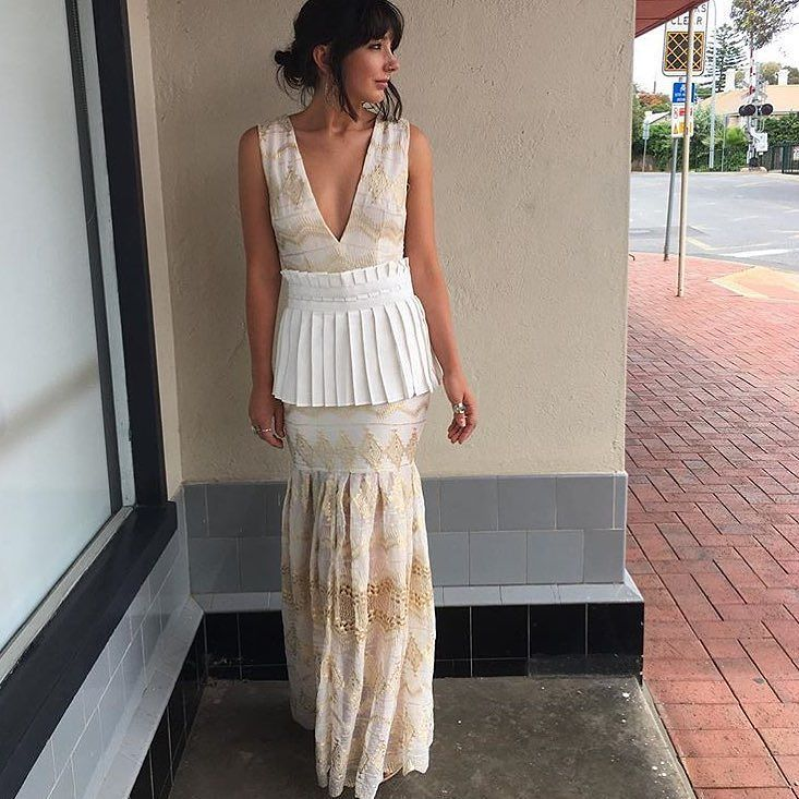 New arrivals from @asiliothelabel 'Before the Blaze' Dress just in time for Christmas and NYE   Rg via @azaliaboutique  #asiliothelabel #lookbook #lookbookboutique #shoplocal #alburyboutique #ootd #alburyboutique #albury #fashion #maxidress #newin #eventdress