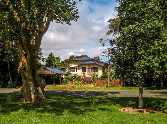 Adogma's Cottage, Tamborine Mountain, QLD - Book with Rent-A-Home.com.au