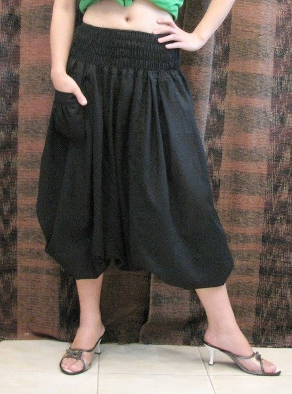 Women's Harem Pants Let loose and relax! Give legroom a whole new spin with women's harem pants, genie pants and baggy pants that pull off loose silhouettes effortlessly but .