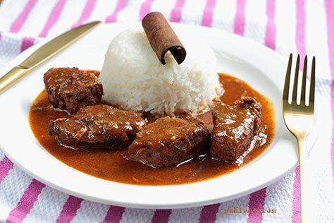 Receta de estofado de ternera al curry. Si te gusta la cocina hindú, este estofado te encantará. Sale igual o mejor que el que sirven en restaurantes hindú.
