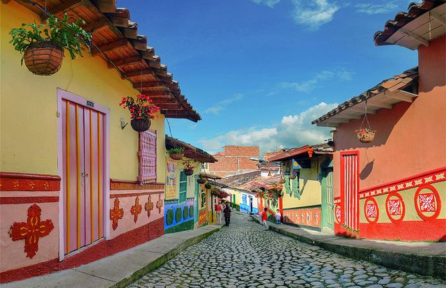 Colorful streets of Guatapé in Antioquia, Colombia (by Alejandro Osorio Agudelo).  ]]>