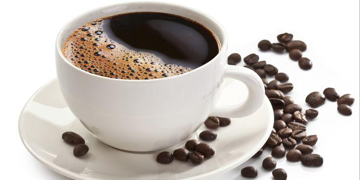 Te ofrecemos bebidas calientes, como cafe y chocolate para tu gusto en el momento en que lo necesites.