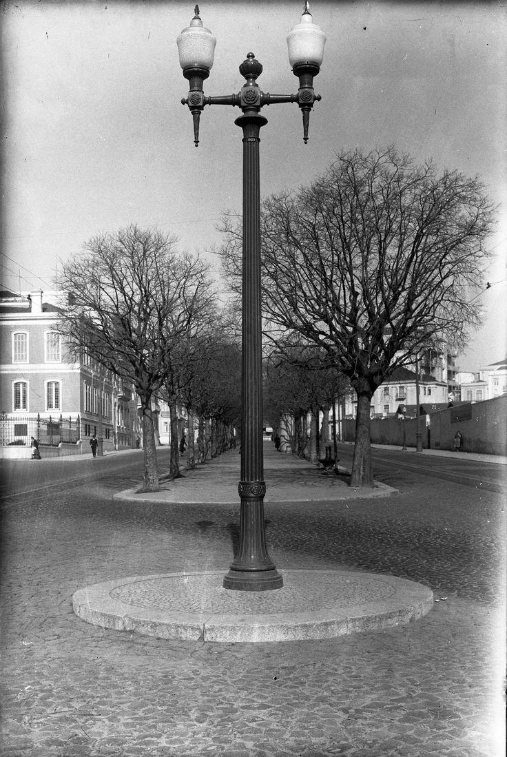 Av. de Fontes Pereira de Melo, Lisboa (E. Portugal, 1944)