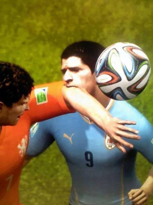Fifa 15 lander på hylderne d. 25 september. Få et indtryk af hvad dette års udgave har at byde på. Det kan bla. røbes at Suarez kan bide sine modstandere!