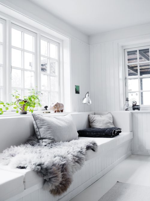 20 Gorgeous White Living Rooms to Copy Now | StyleCaster