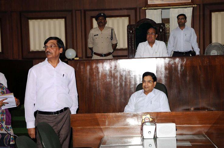 गरियाबंद और महासमुंद ज़िले के पंचायत प्रतिनिधियों ने विधानसभा की कार्रवाई, https://www.facebook.com/hamarcg2016/posts/1070056463092539