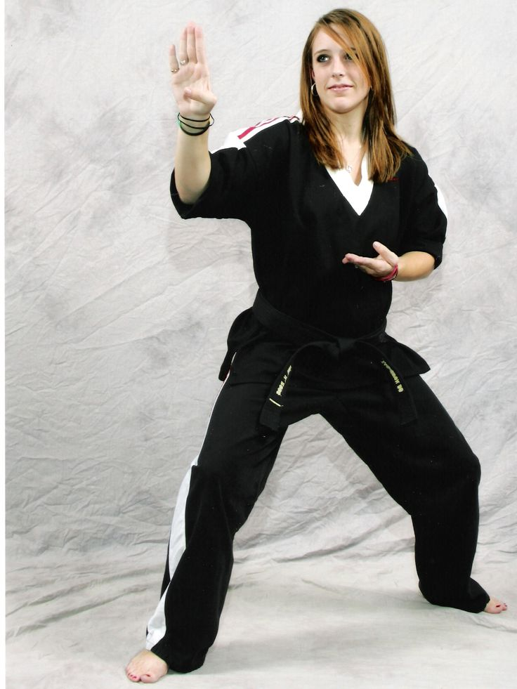womens self defense is a great way for women to get fit to fight