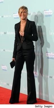 Jennifer Aniston- Ultra Chic!