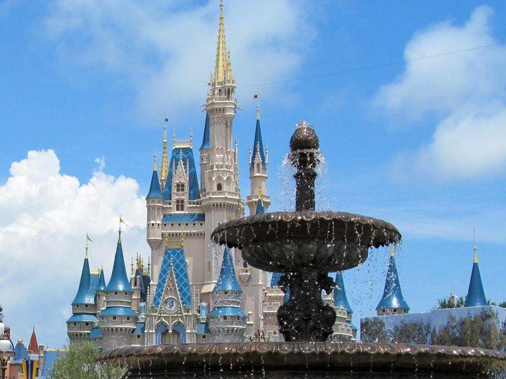 Vous voulez allerà Walt Disney World pour vos vacances mais par ou commencez? Voici les 10 principales décisions que vous devrez prendre lors de la planification d'un voyage. Quand y aller B…