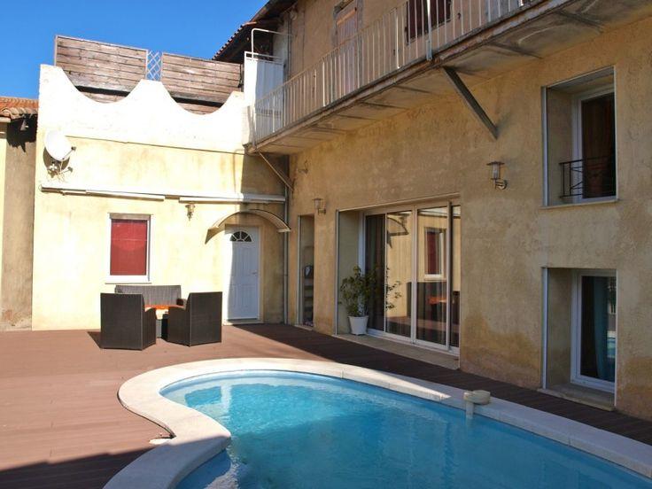 style Loft T5 13004 Marseille Chutes-Lavie Grande surface habitable avec belle terrasse et piscine sans vis à vis !