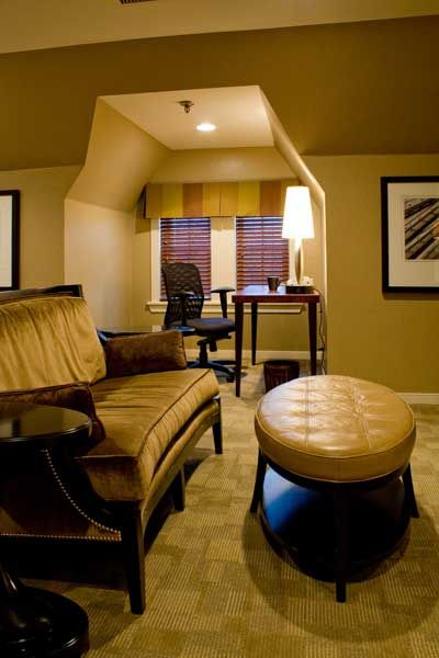 Downtown Cleveland Hotel suite - http://www.gliddenhouse.com/accommodations/
