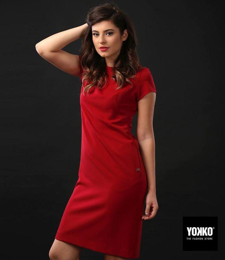 Recomandarea noastra pentru orice ocazie din zi sau seara: rochia AIDA #dress #red #day #evening #outfit #relaxed #fallwinter #yokko #women #fashion