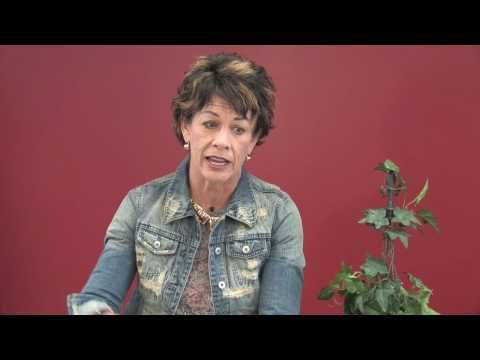 Carol Tuttle Question of the Week: How to Train Your Brain to Think Positive Thoughts