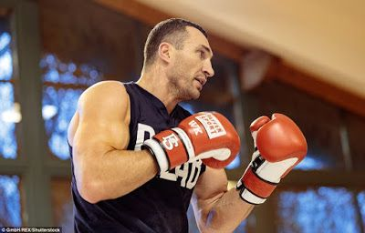 MAX SPORTS: BOXING: WLADIMIR KLITSCHKO AND ANTHONY JOSHUA TRAI...