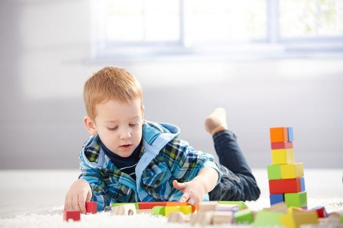 Παιδί 4 χρονών, φυσιολογική ανάπτυξη: Κινητικότητα, κοινωνικότητα, αντίληψη, ακοή, ομιλία