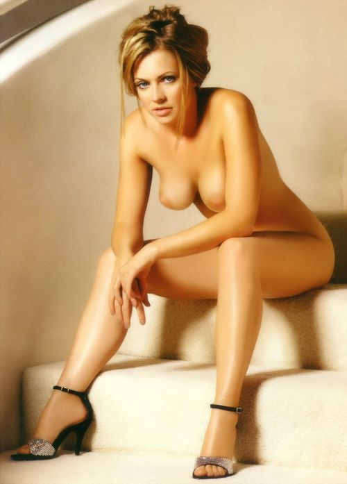 Spanish girl naked self photos
