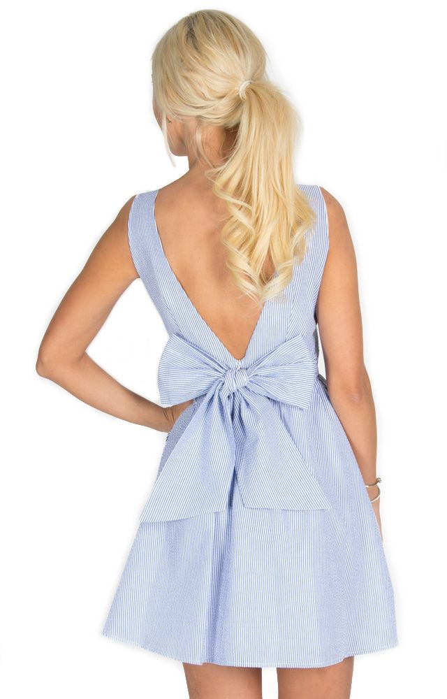 The Emerson - Navy http://www.laurenjames.com/collections/spring-2015-dresses/products/emerson-seersucker-dress
