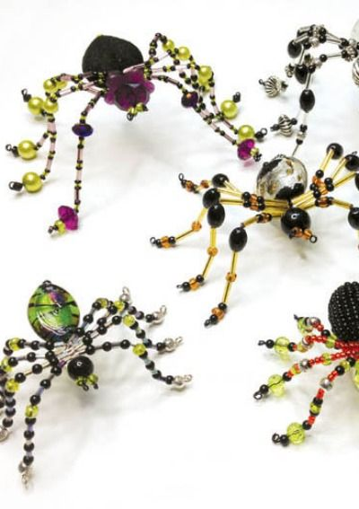 Break out the beads for a spooky Halloween spider craft with a FREE TUTORIAL. | shop supplies @ joann.com
