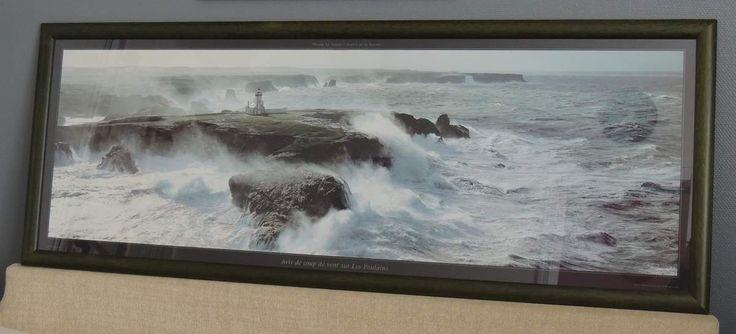 Philip Plisson. Poster photo Coup de Vent sur le phare de la Pointe des Poulains - Belle-Ile - Bretagne. Le cadre mesure 157x59cm. Tirage photographique imprimé sur papier 260g. 60 euros