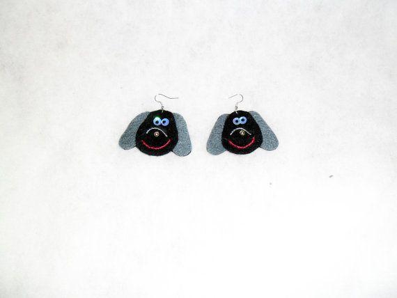 Handmade felt earrings dogs. The best gift for dogs by EmisaFelt