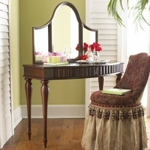 Vanity Set (Makeup Table) From The Bombay Company   City Of Toronto  Furniture For