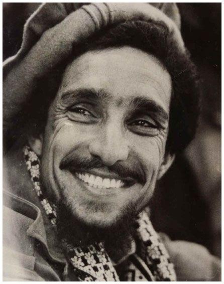 Le commandant Massoud, le Lion du Pandjchir (1953-2001). À plusieurs reprises, Massoud avait essayé d'attirer l'attention de la communauté internationale sur le danger représenté par Oussama ben Laden. Il est assassiné par deux membres d'Al-Qaïda deux jours avant les attentats du 11 septembre 2001.