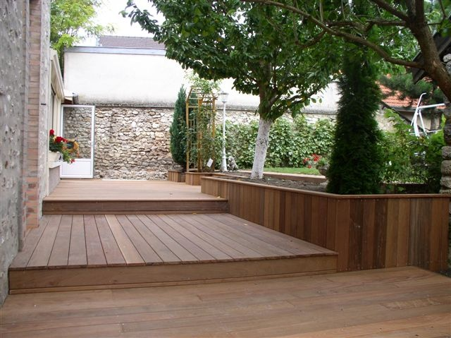 les 58 meilleures images du tableau jardin terrasse contrebas sur pinterest jardins terrasses. Black Bedroom Furniture Sets. Home Design Ideas