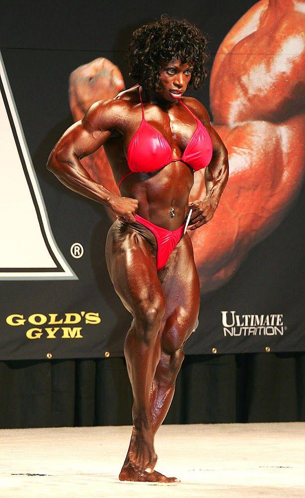 Dayana Cadeau professional female bodybuilder from Canada