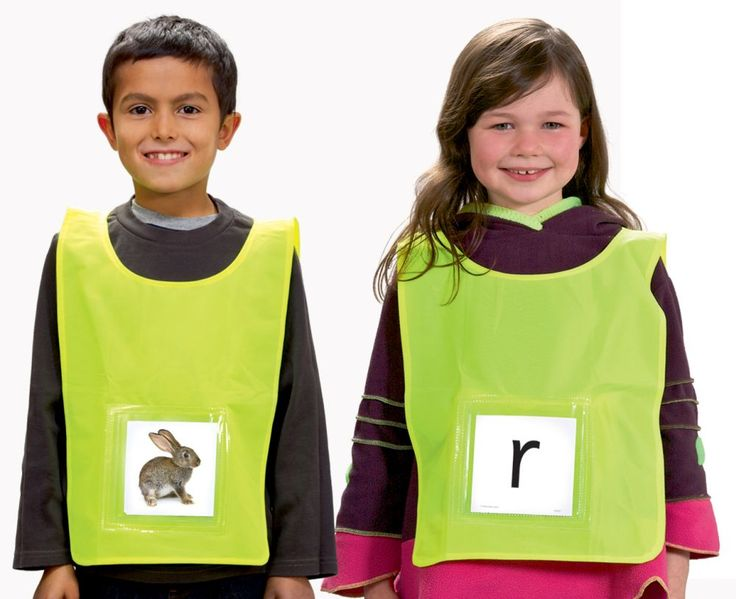Six tabards with pockets for indoor and outdoor phonics games. Activity and ideas written by Jaz Ampaw-Farr using 64 phoneme cards.