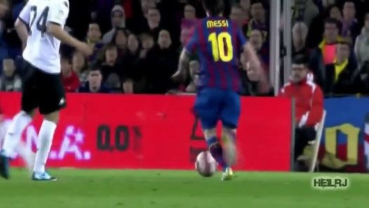 Watch the video «Lionel Messi ● Body Feint Show» uploaded by Clendeturk on Dailymotion.