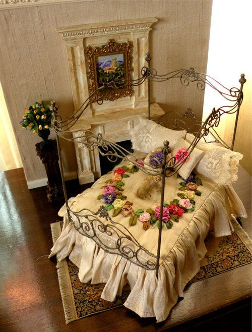 A miniature bed - loving the ribbon roses