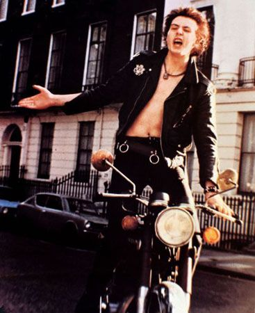 Credit: Ronald Grant Archive Sid Vicious in another scene from The Great Rock 'n' Roll Swindle.