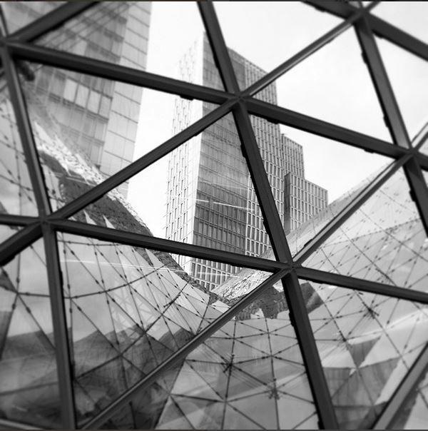 #frankfurt #gemetry #architecture #glass #bw #blackandwhite