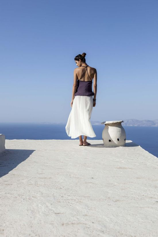 Zeus + Dione: High quality handmade clothes and accessories made from greek craftsmen.