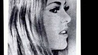 lupita d'alessio ... mi corazon es un gitano ...1971 ., via YouTube.