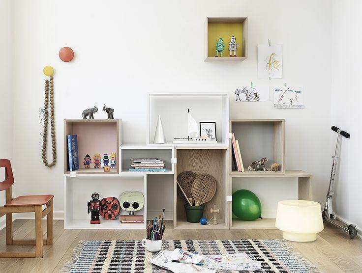 Muuto | Stacked Shelf System | Muuto Dots