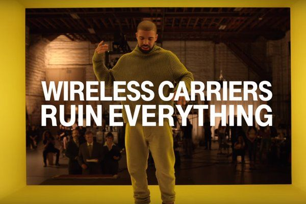 """Drake recreates the 'Hotline Bling"""" video shoot for a new T-Mobile Super Bowl ad https://t.co/zIW55FtwFw"""