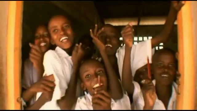 GODTUBE EXCLUSIVE Jars of Clay - Two Hands (Kenya Edition) - Music Videos