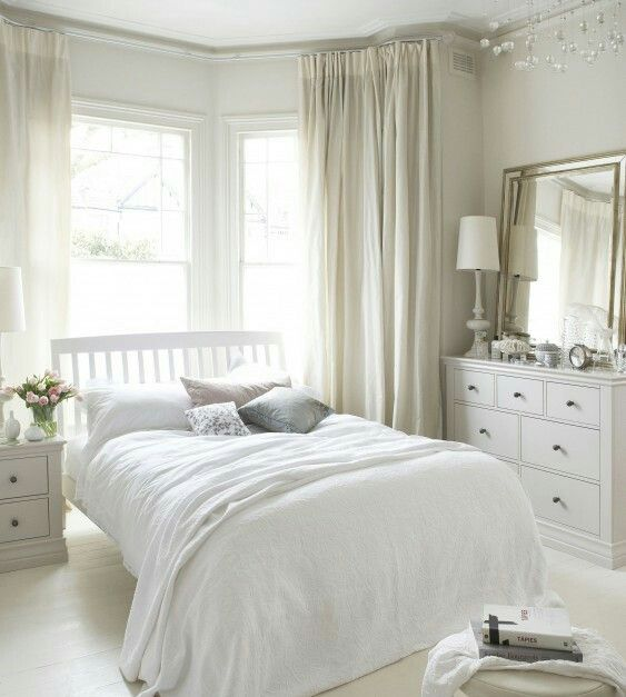 Best 25+ Bay Window Bedroom Ideas On Pinterest