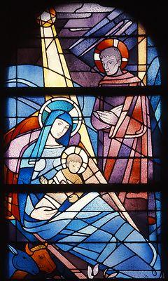 Christi Geburt. Heinrich Dieckmann, 1957  Fenster im Seitenschiff,  Antikglas/Blei/Schwarzlot