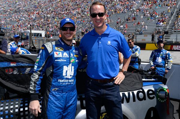 Dale Earnhardt Jr. Photos - NASCAR Sprint Cup Series Food City 500 - Zimbio