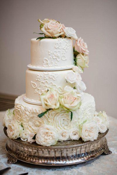 Upscale Wedding Cakes